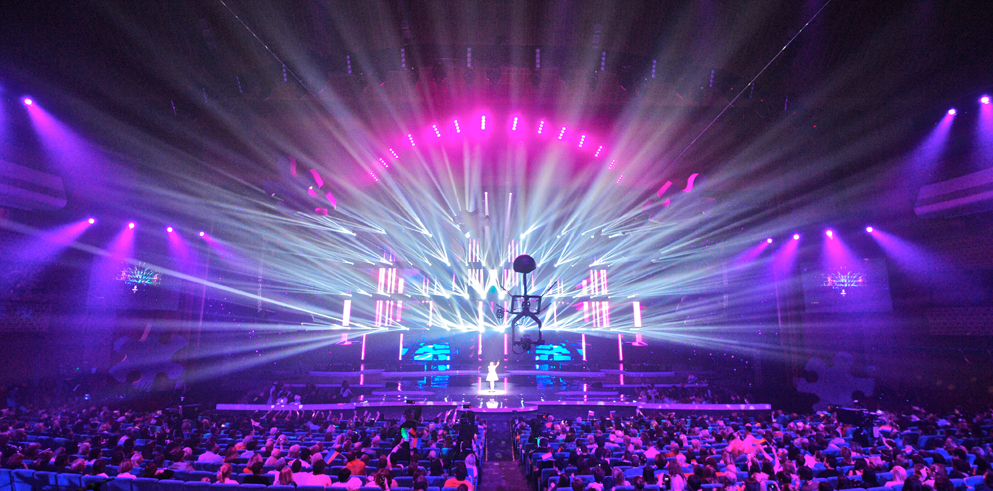 clay_paky_brings_creative_lighting_to_the_2013_junior_eurovision_stage